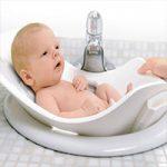 آموزش حمام کردن نوزاد